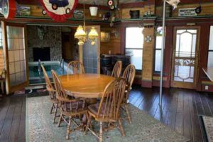 Adeline's House of Cool dining